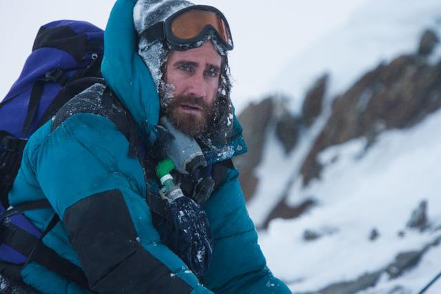 Jake Gyllenhaal trong phim Everest