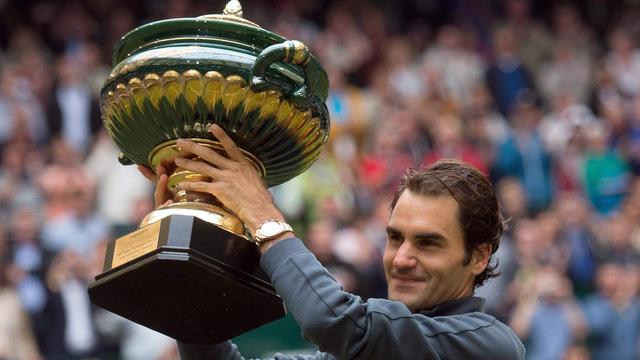 Federer đăng quang tại Halle.