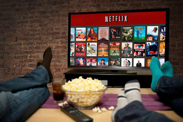 Dịch vụ truyền hình qua Internet của Mỹ – Netflix ra mắt vào năm 2007 và bắt đầu hoạt động tại châu Âu từ năm 2012.
