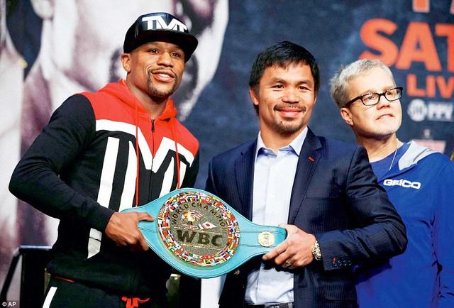 Cả hai bước vào trận đấu lịch sử tranh đai WBC.