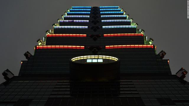 Tòa nhà Taipei 101 ở Đài Loan (Trung Quốc)