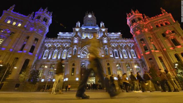 Cibeles Palace - tòa thị chính của Madrid
