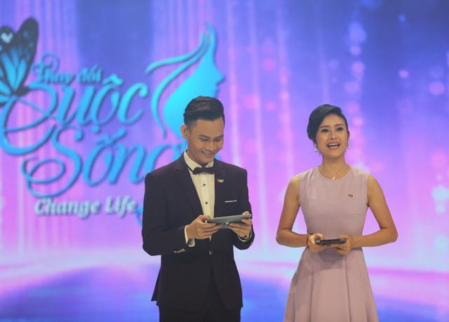 Hai MC Hồng Phúc và Phí Linh tiếp tục đảm nhiệm vai trò dẫn dắt đêm Gala của Change Life - Thay đổi cuộc sống.