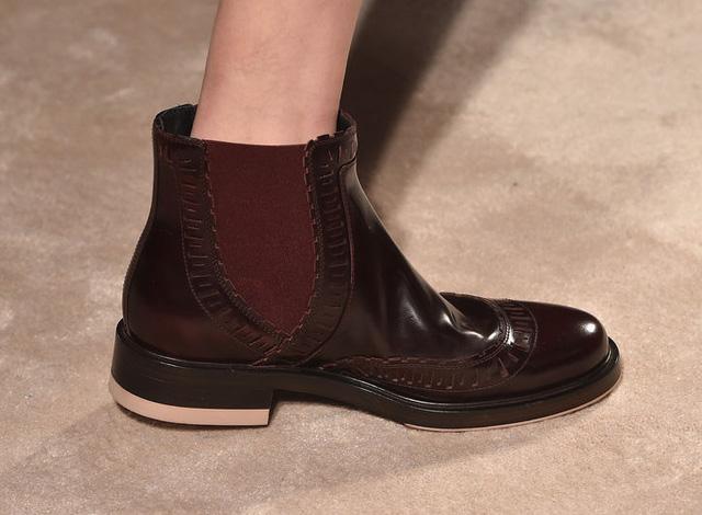 Tod cũng cho ra mắt mẫu boots mới trẻ trung.