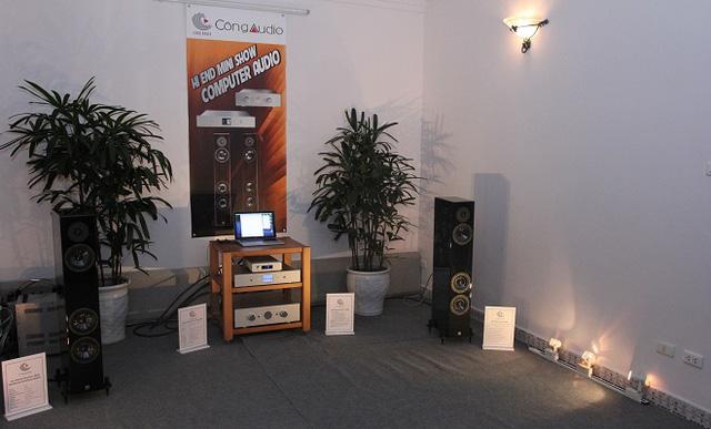 Hệ thống computer audio chơi nguồn phát số của Ayre và Accustic Arts