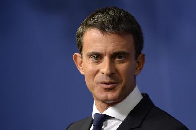 Thủ tướng Pháp Manuel Valls hoàn toàn ủng hộ Barcelona thi đấu tại Ligue 1