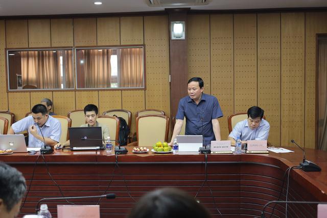 Ông Đỗ Quốc Khánh - Trưởng Ban Khoa giáo phát biểu tại hội thảo