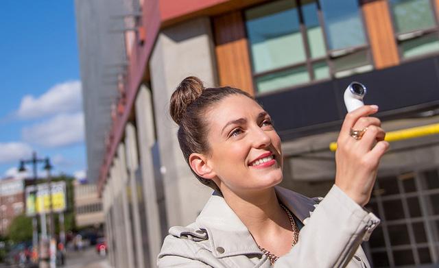 HTC RE sở hữu ống kính chất lượng lên đến 16 MP