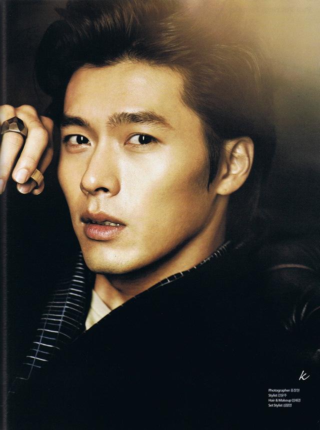 Đứng ở vị trí thứ 10 là Hyun Bin - nam diễn viên đã quá quen thuộc đối với khán giả Việt Nam. Mới đây, anh đã tái xuất màn ảnh nhỏ sau hơn 4 năm trời vắng bóng với bộ phim truyền hình Hyde, Jekyll and I