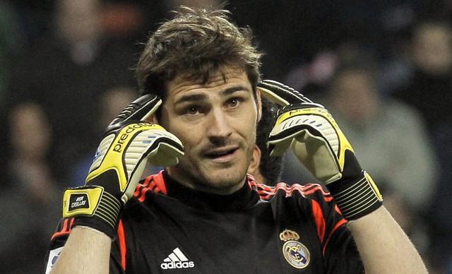 Trong thế hệ của tôi, Casillas là một trong những thủ môn xuất sắc nhất. Chúng tôi luôn dành cho nhau sự tôn trọng, Buffon chia sẻ về sự lựa chọn cho vị trí thủ môn của mình.
