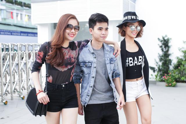 Nhóm Giang Hồng Ngọc gặp gỡ sau kỳ nghỉ Tết để chuẩn bị cho trận thi đấu ngày 8/3