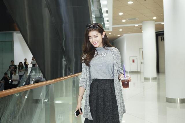 Bên cạnh việc tham gia các hoạt động từ thiện, quảng cáo, Huyền My cũng đang theo học chuyên ngành thiết kế thời trang để theo đuổi đam mê trong lĩnh vực này.
