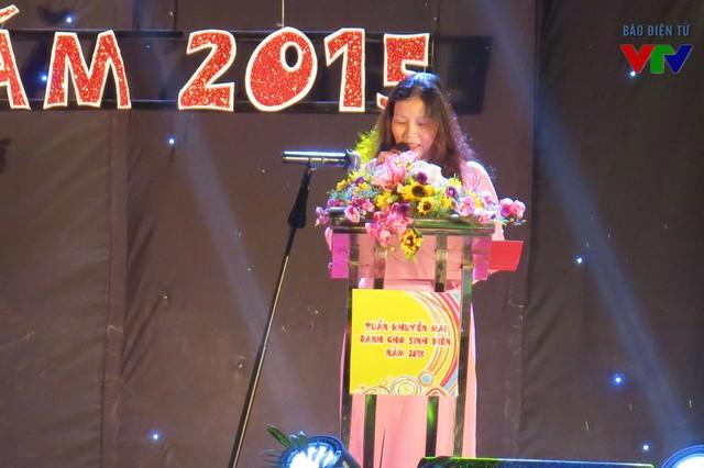 Bà Trần Thị Phương Lan, Phó Giám đốc Sở Công Thương Hà Nội phát biểu tại lễ Khai mạc