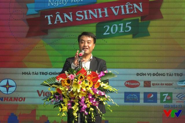 Thạc sĩ Nguyễn Thiên Tú - Giám đốc Nhà Văn hóa học sinh - sinh viên Hà Nội phát biểu khai mạc