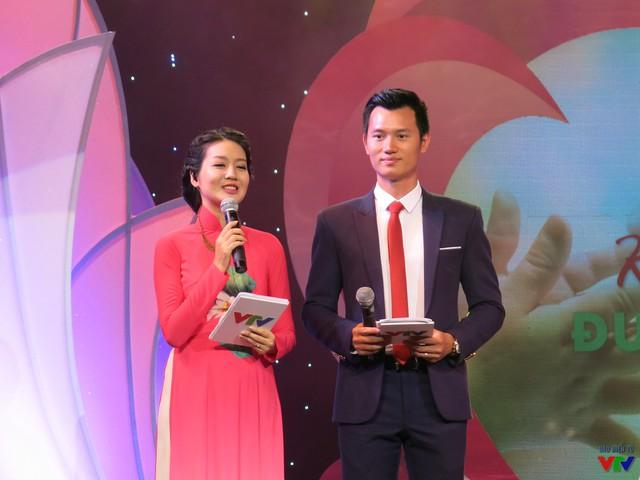 Hai MC của chương trình