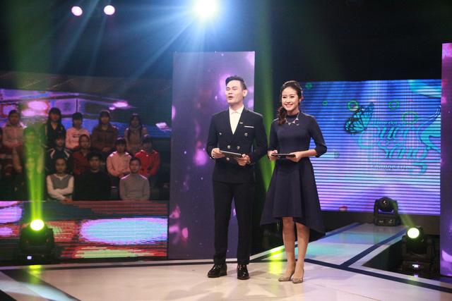 MC Phí Linh và MC Hồng Phúc