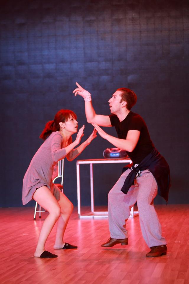 Chi Pu - Georgi sẽ kể câu chuyện hài hước về niềm vui tuổi già trong Lieshow 2 Bước nhảy hoàn vũ 2015