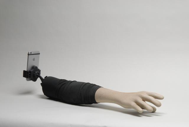 Thiết kế của cánh tay tự sướng