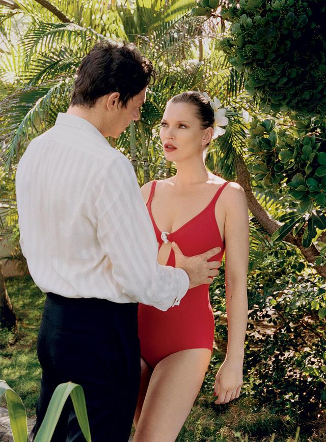 Ở tuổi 41, Kate Moss vẫn tự tin khoe vẻ đẹp cơ thể cực chuẩn.