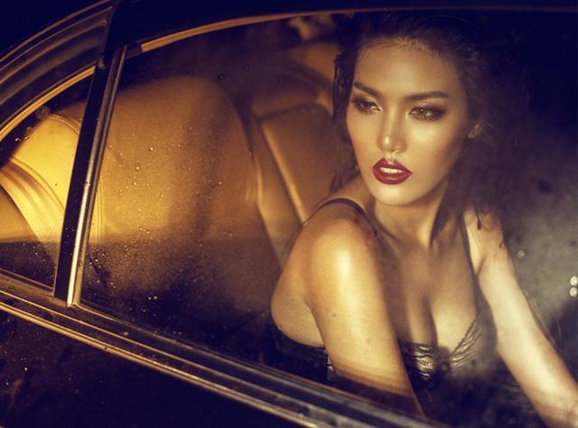 Vẻ đẹp quyến rũ, gợi cảm và rất Tây của Lan Khuê trong một shoot hình thời trang