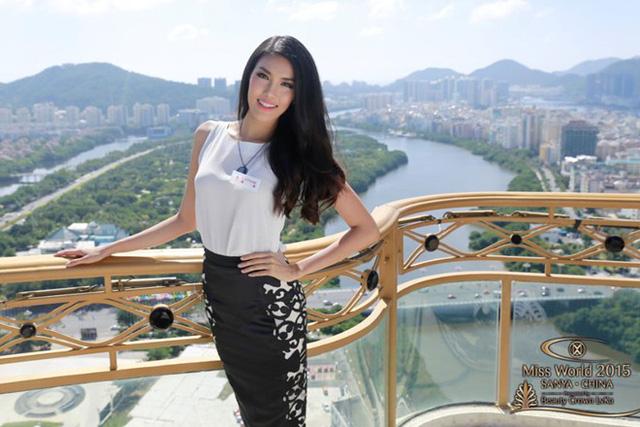Đại diện của Việt Nam - Lan Khuê ở cuộc thi Hoa hậu Thế giới 2015.