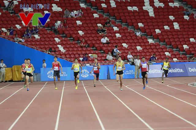 Trong khi đó, người đồng đội Quách Công Lịch lại tăng tốc hiệu quả và bứt phá ở những mét cuối.