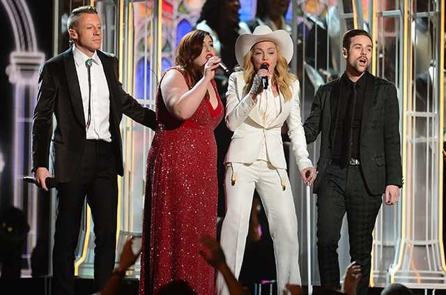 Madonna trên sân khấu Lễ trao giải Grammy năm 2014.