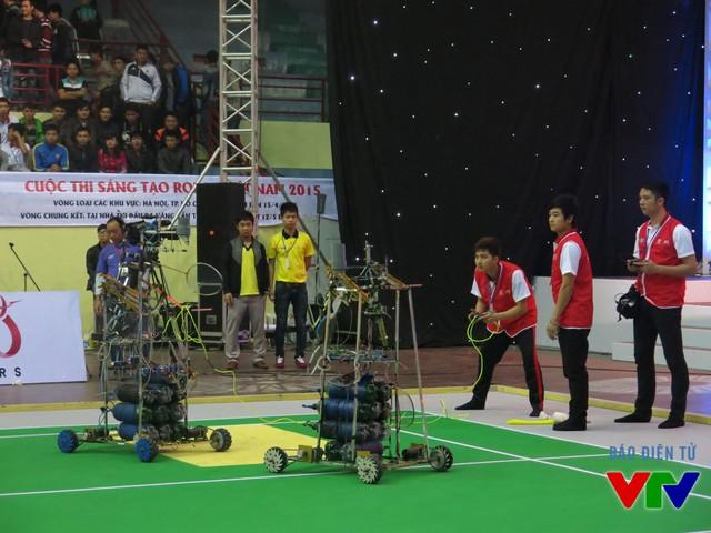 Đội tuyển MEC1 đến từ Đại học Sư phạm Kỹ thuật Hưng Yên