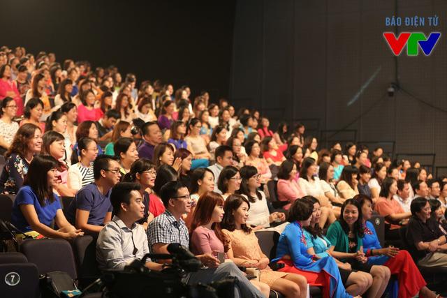 Miss VTV 2015 có sự tham gia của hàng trăm thí sinh.