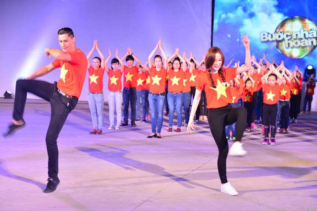 Angela Phương Trinh và bạn nhảy Kristian