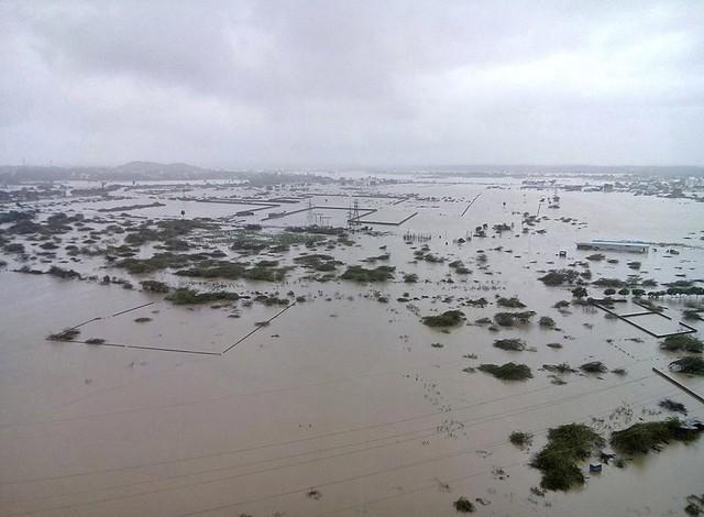 Cảnh tượng ngập lụt từ trên cao.