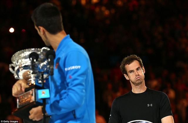 Murray (phải) đã rất nỗ lực nhưng vẫn chưa thể vượt qua Nole.