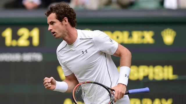 Murray tiến băng băng vào bán kết và chạm trán Federer.