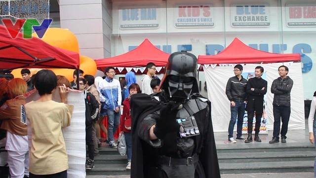 Darth Vader nổi tiếng của phim Star war xuất hiện tại lễ hội Tuyết
