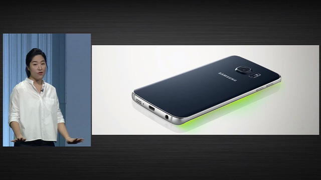 Galaxy S6 Edge tích hợp tính năng cho phép thiết lập 5 số liên lạc với 5 màu hiển thị báo cuộc gọi khác nhau trên phần viền của máy