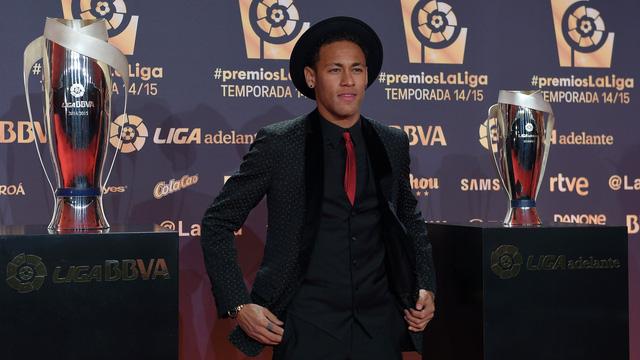 Neymar có được danh hiệu Cầu thủ Nam Mỹ hay nhất mùa.