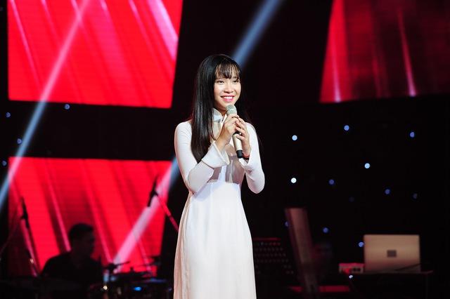 Giọng ca 16 tuổi Nguyễn Cao Bảo Uyên