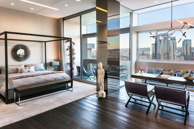 Một căn phòng ngủ khác với tầm nhìn rộng rãi, thoáng đãng.