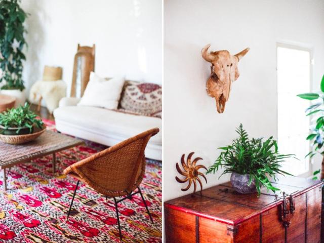 Những đồ vật bằng chất liệu gỗ, mây... hay hình trang trí xương thú là những hình đặc trưng của phong cách này.