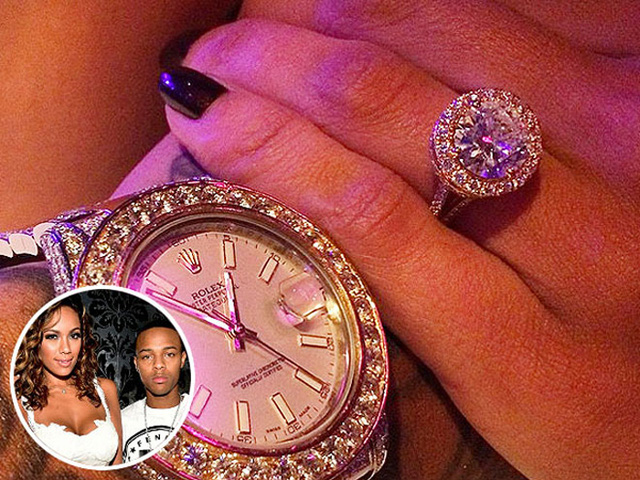 """Nữ diễn viên Erica Mena thì yêu thích những món đồ trang sức lấp lánh và nổi bật. Vì thế, chiếc nhẫn đính hôn mà bạn trai – rapper Bow Wow – dành tặng đáp ứng đúng sở thích của cô. Erica đã thích thú đăng tải bức ảnh chụp chiếc nhẫn kim cương lấp lánh """"sánh đôi"""" bên chiếc đồng hồ kim cương của Bow Wow."""