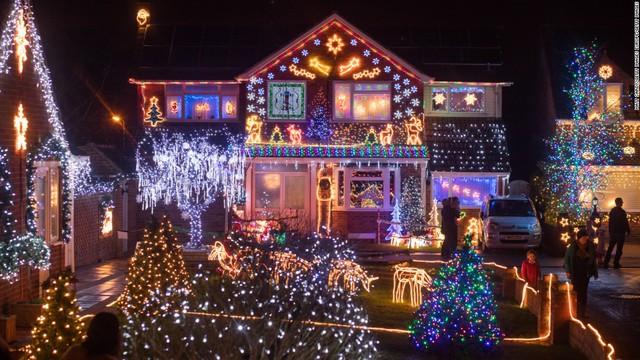 Không gian lung linh ở Burnham-on-Sea, Vương quốc Anh mùa Giáng sinh
