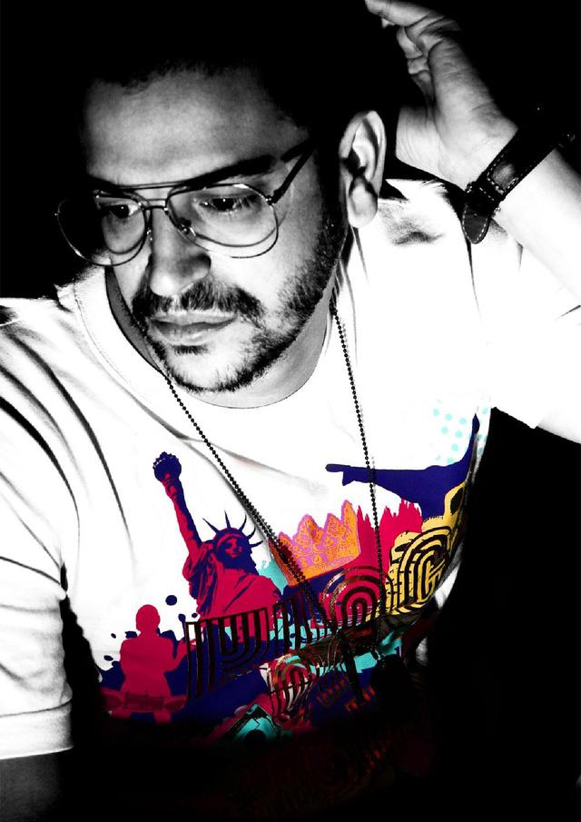 Nhà sản xuất âm nhạc Novel Jannusi