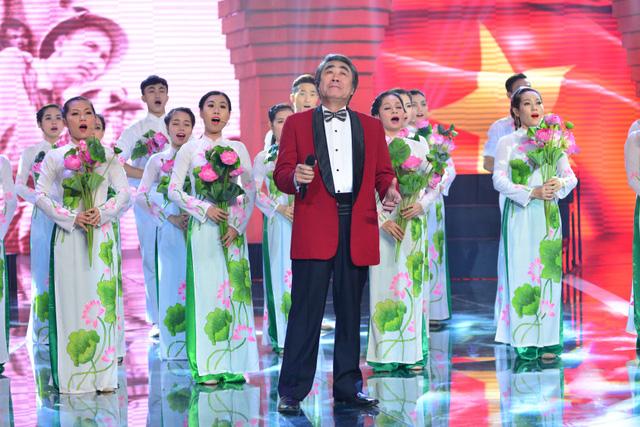 Bên cạnh đó, ca khúc Người là niềm tin tất thắng của nhạc sĩ Chu Minh cũng là ca khúc mang âm hưởng hào hùng, ca ngợi công lao vĩ đại của Chủ tịch Hồ Chí Minh với đất nước.