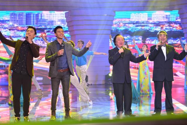Ca khúc vừa được thể hiện với âm hưởng hùng tráng qua giọng ca của NSND Quang Thọ và NSND Trung Kiên, lại vừa được làm mới sôi động và vui tươi hơn với giọng ca của Đông Hùng, Việt Anh.