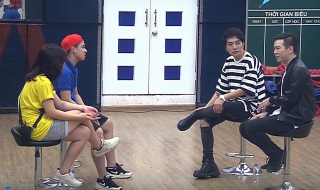 Buổi làm việc của nhạc sĩ Châu Đăng Khoa và Phạm Toàn Thắng với thí sinh.