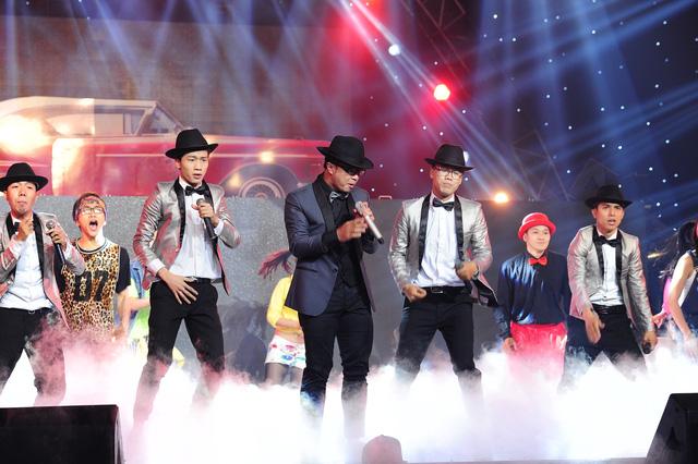 Màn trình diễn của PB Nation đã khấy động náo nhiệt không khí của sân khấu The Remix - Hòa âm ánh sáng