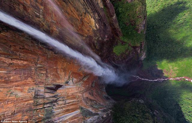 Thác nước Angel ở Venezuela