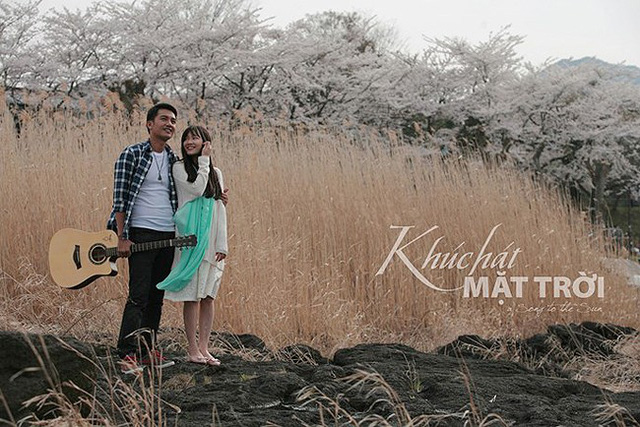 Quang Tuấn và Nhã Phương trong một cảnh phim Khúc hát mặt trời (Ảnh: VFC)