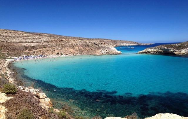 Bãi biển Rabbit, Lampedusa, Italy. (Nguồn: AFP)