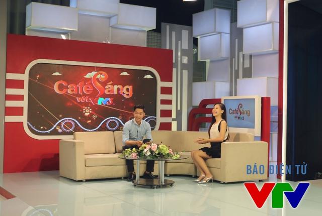 Thí sinh Cầu vồng đổ bộ dự tuyển MC Café Sáng - Ảnh 8.